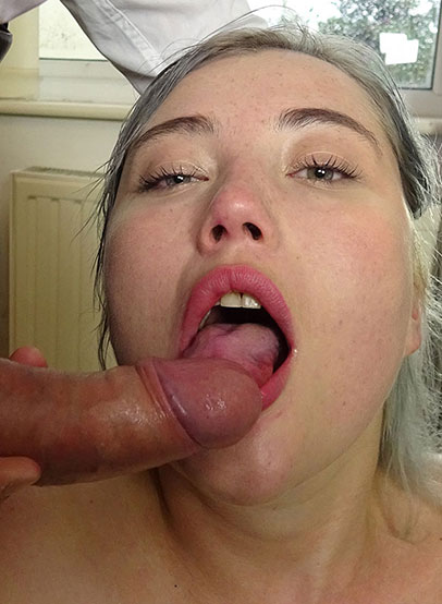 Misha Mayfair is the perfect PascalsSubSlut. Shes beautiful, 23 years old, and so much the sub that she craves sex not just with pain (shes a ten-on-the-old-one-to-ten kind of girl) but with degradation as well.